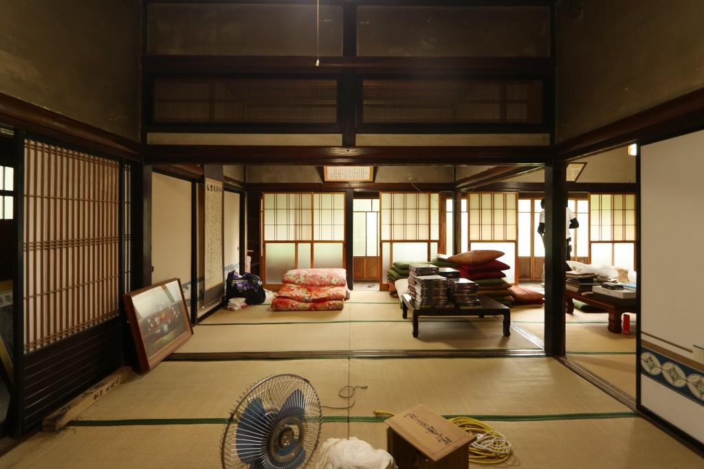 湯川村堂畑の古民家物件