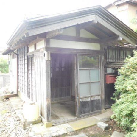 多様な使用ができる築88年の古民家