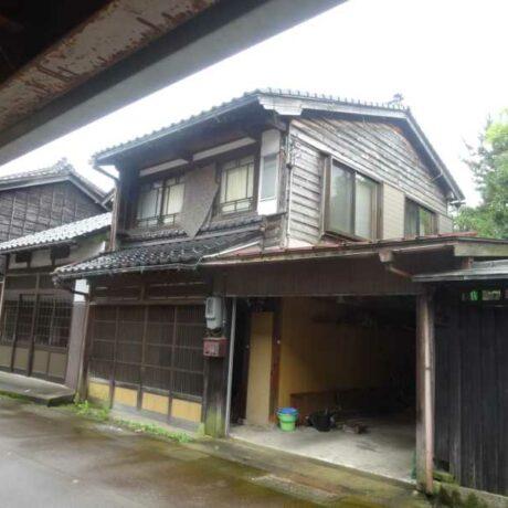 築95年の町家の一軒家 土蔵を内蔵